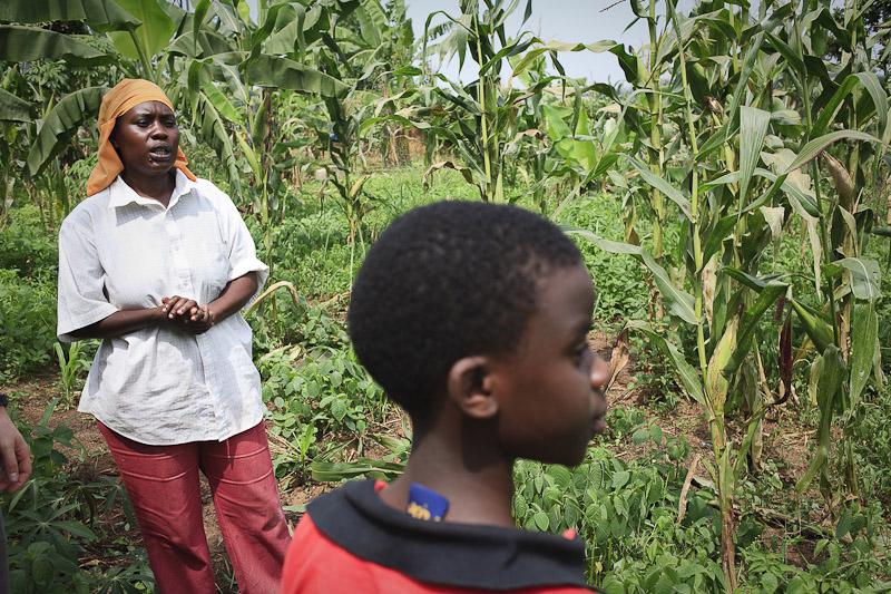 2009_12_XMASinUganda02