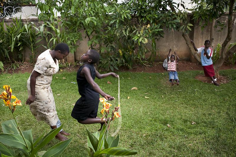 2009_12_XMASinUganda12