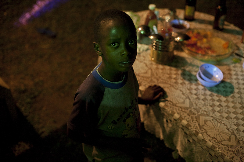 2009_12_XMASinUganda23